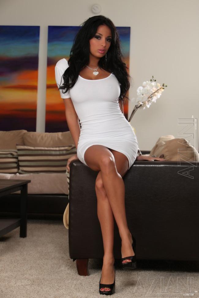 Amateur brunette at home