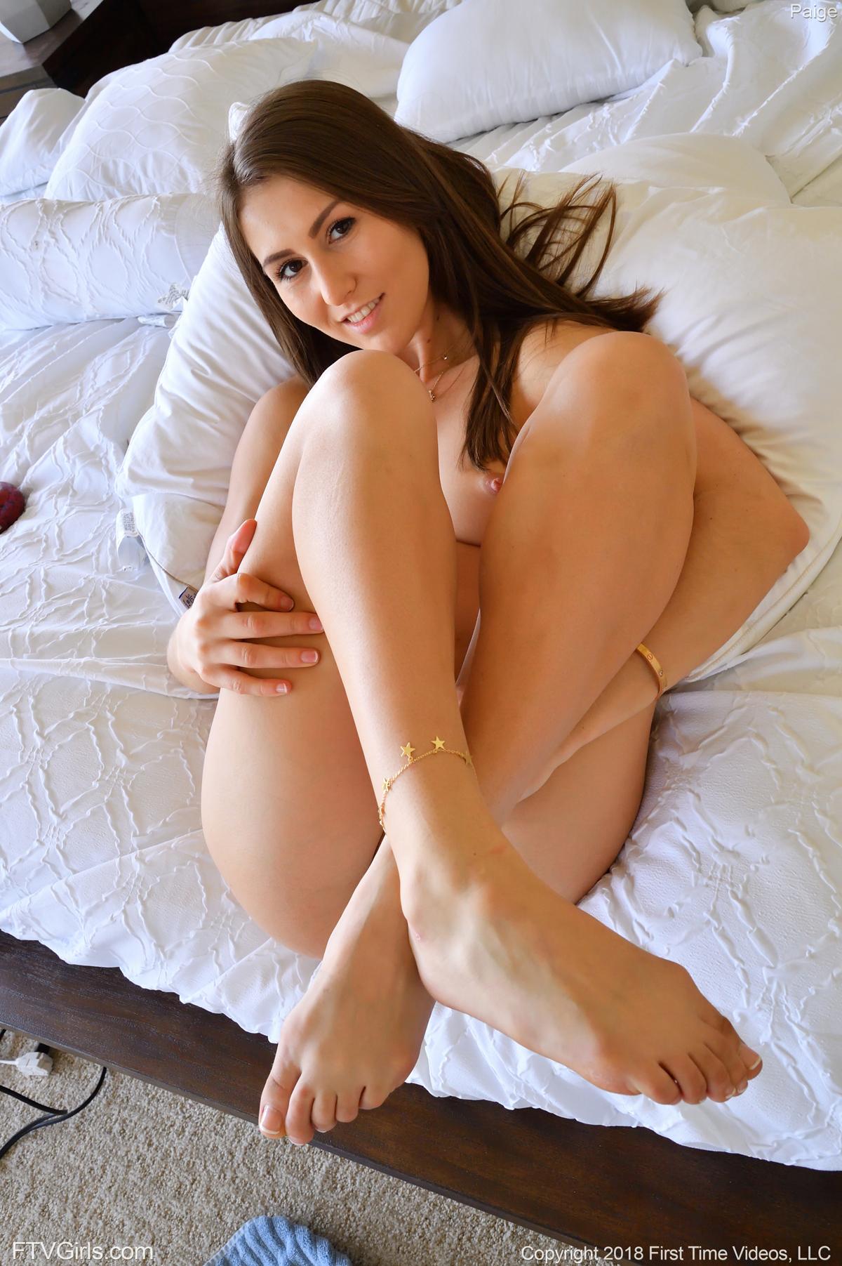 http://content9.novoglam.com/ftvgirls.com/6565/07.jpg