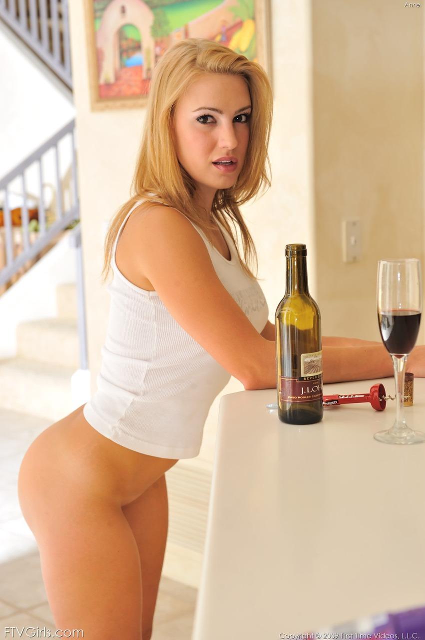 http://content9.novoglam.com/ftvgirls.com/6566/02.jpg