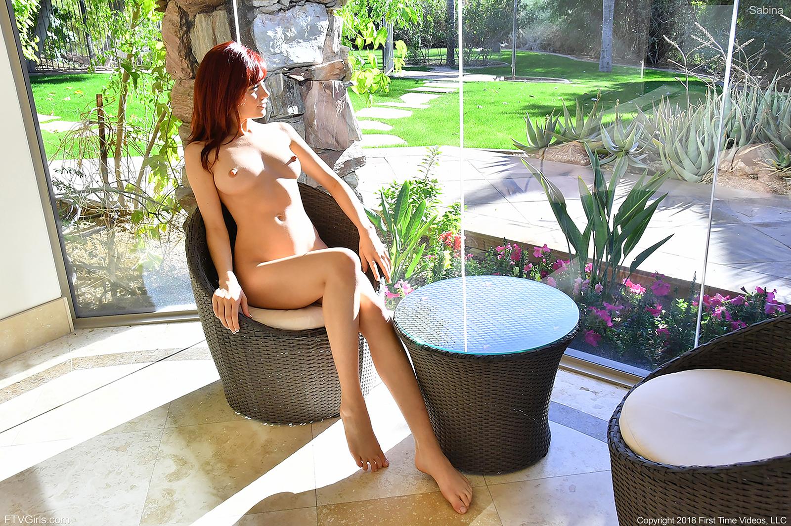 http://content9.novoglam.com/ftvgirls.com/6570/07.jpg