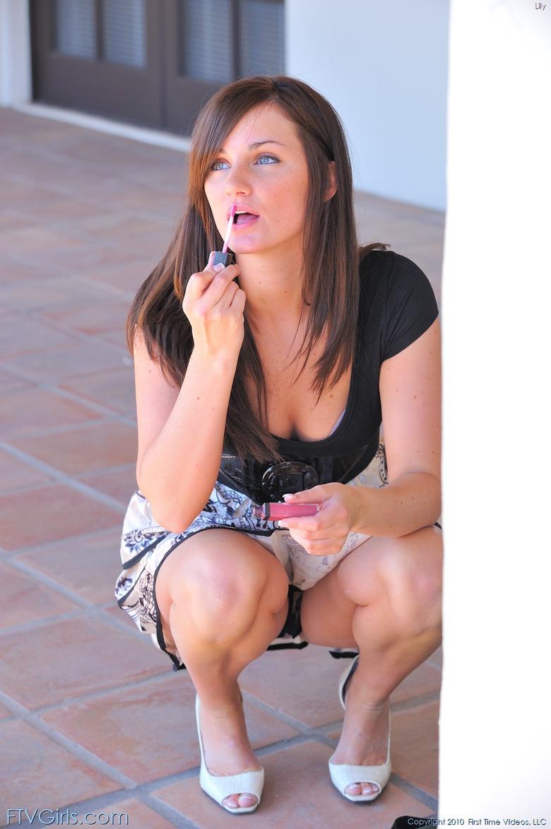 http://content9.novoglam.com/ftvgirls.com/6702/05.jpg