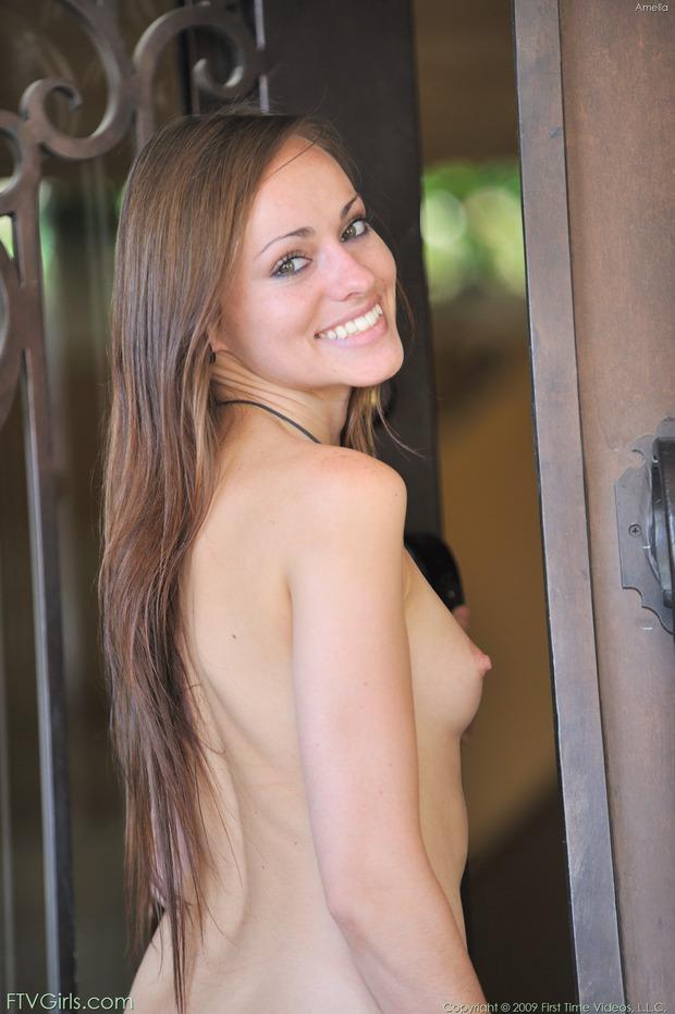 http://content9.novoglam.com/ftvgirls.com/6706/20.jpg