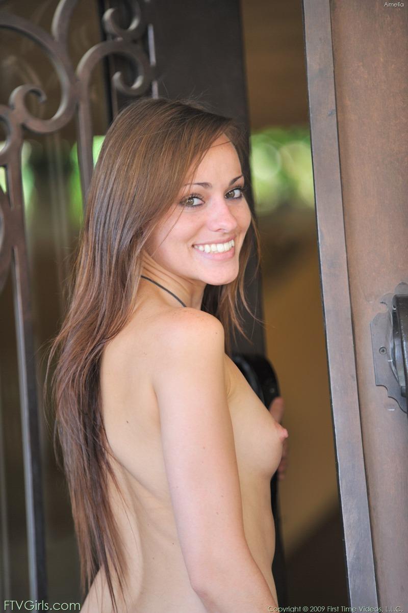http://content9.novoglam.com/ftvgirls.com/6707/19.jpg