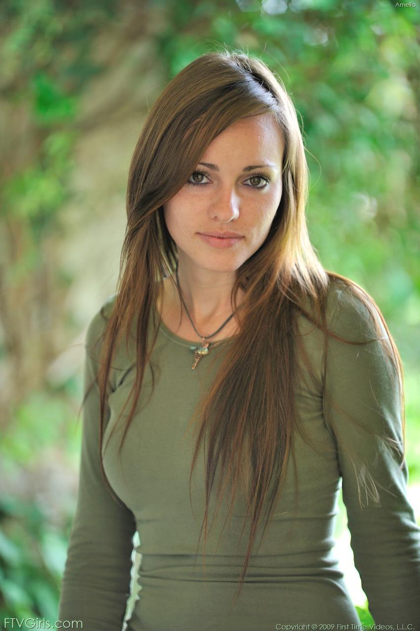 http://content9.novoglam.com/ftvgirls.com/6730/00.jpg